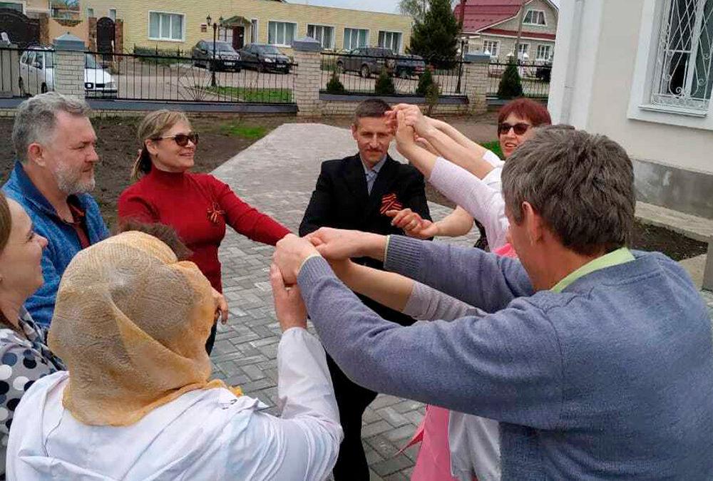 Пасхальный праздник прошел в Красном
